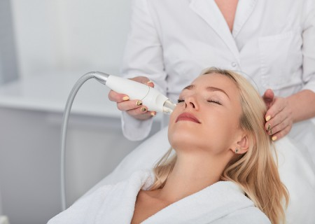 Microdermabrasion in javea - Zen Smile Medispa clinic - reduce signs of aging